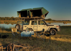 Toyota Land Cruiser (Double Tents)